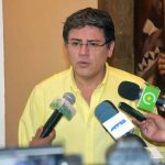 Diálogo: Gobierno dispuesto a derogar decreto que exime de responsabilidad penal a FFAA