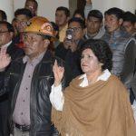 Añez posesiona a ministros de Minería y Educación