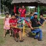 Alcalde de Reyes entrega parque infantil remodelado