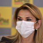 La presidenta Áñez está estable y recibe tratamiento contra el COVID-19